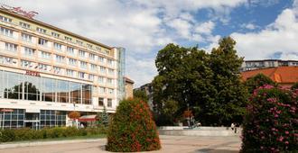 Apollo Hotel Bratislava - Bratislava - Gebouw