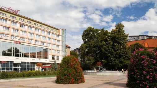 Apollo Hotel Bratislava - Bratislava - Rakennus