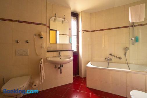 Hotel Villa am Rhein - Andernach - Bathroom