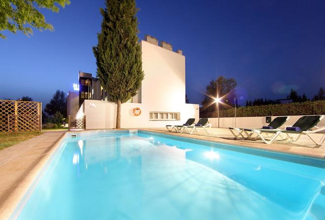Hotel Villa Blanca - Granada - Pool