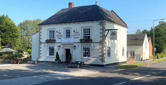 The Royal Oak - Ashbourne - Rakennus