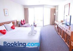Sandy Spring Hotel - Trung tâm Pattaya - Phòng ngủ