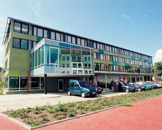 Atlantic Hotel Am Flötenkiel - Bremerhaven - Building