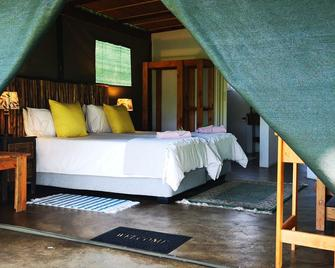 Kingfisher Bush Lodge - Manguzi - Schlafzimmer