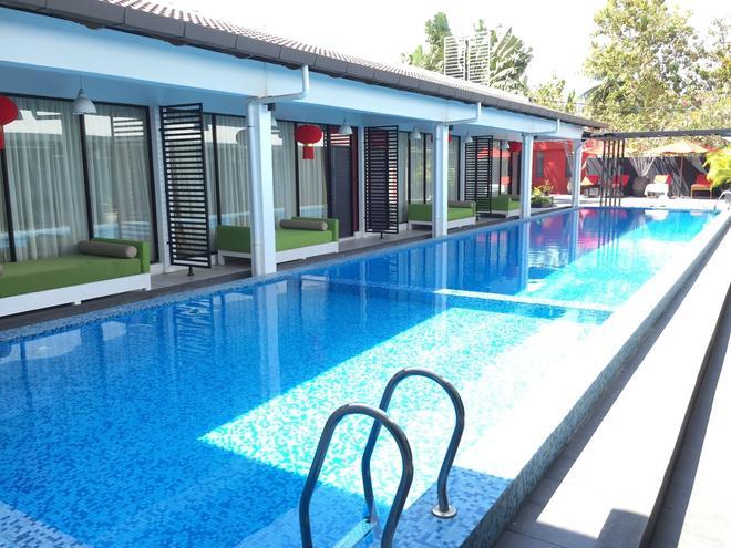 The Villa Langkawi - Langkawi Island - Pool