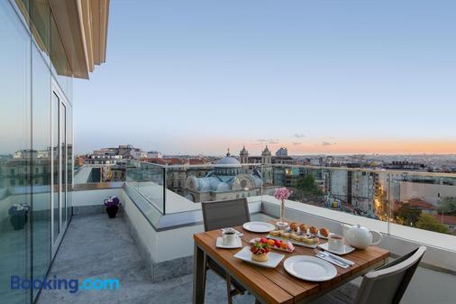 CVK Taksim Hotel Istanbul - Istanbul - Balcony