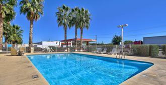 Motel 6-Nogales, Az - Mariposa Road - Nogales - Pool
