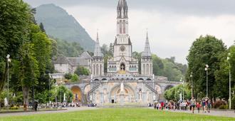The Originals City, Hôtel Astoria Vatican, Lourdes (Inter-Hotel) - Lourdes