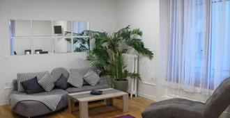 B&B Guest House Du Lac - Montreux - Wohnzimmer
