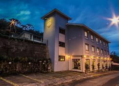 Pousada Il Villaggio - Santo Antônio do Pinhal - Edifício