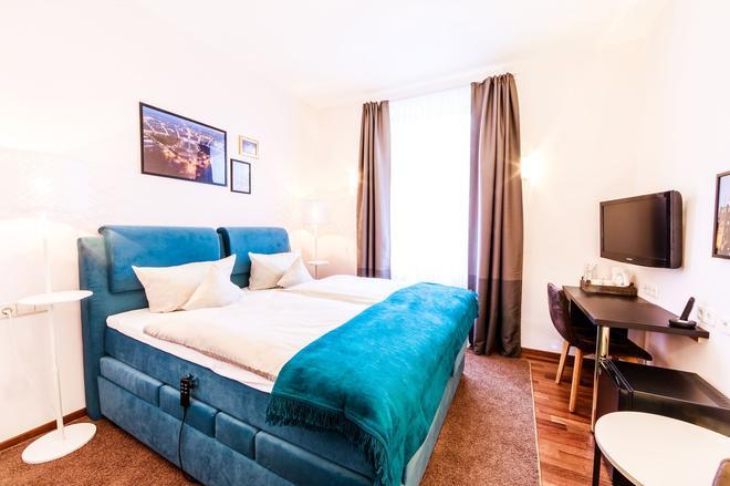 凱瑟霍夫酒店 - 卡爾斯魯 - 卡爾斯魯厄 - 臥室