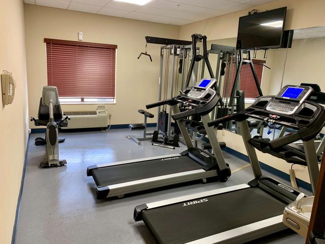 Country Inn & Suites by Radisson Midway FL - Midway - Gym