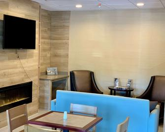 Country Inn & Suites by Radisson Midway FL - Midway - Restaurant