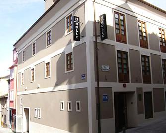 Rolle - Ribadeo - Edificio