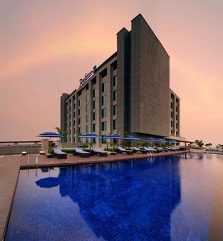 Radisson Hotel New Delhi Paschim Vihar - New Delhi - Building