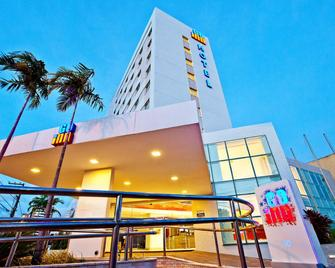 Go Inn Aracaju - Aracaju - Gebäude