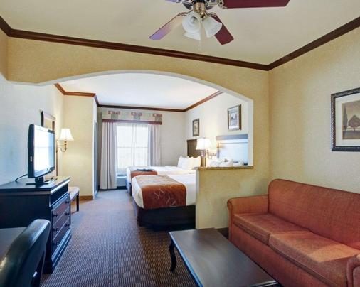 Comfort Suites University Drive - College Station - Bedroom