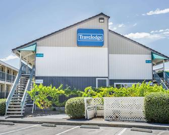 Travelodge by Wyndham Fairfield/Napa Valley - Fairfield - Κτίριο