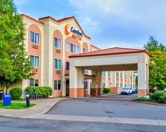 Comfort Suites Springfield Riverbend Medical - Springfield - Building