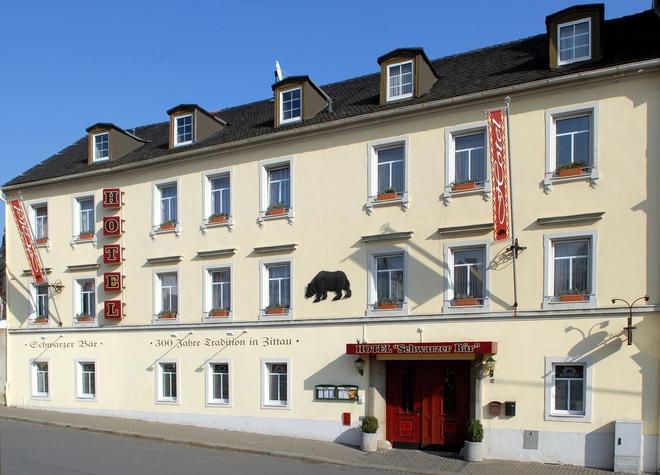 Schwarzer Bär - Zittau - Building