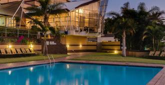Protea Hotel by Marriott Karridene Beach - Durban - Pool