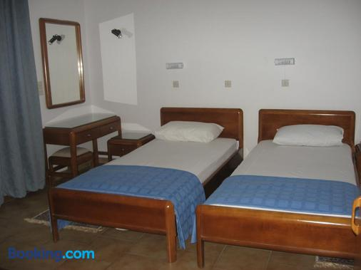 Blue Bay Hotel - Skala - Schlafzimmer