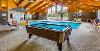 AmericInn by Wyndham Duluth South Black Woods Event Center - Proctor - Piscina