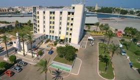 Best Western Hotel Nettuno - Brindisi - Gebäude