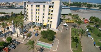 Best Western Hotel Nettuno - Brindisi - Edifício