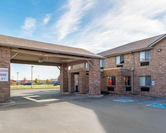 Quality Inn Noblesville-Indianapolis - Noblesville - Gebouw