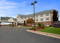 Country Inn & Suites by Radisson, Dundee, MI - Dundee - Building