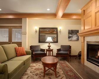Country Inn & Suites by Radisson, Dundee, MI - Dundee - Lobby