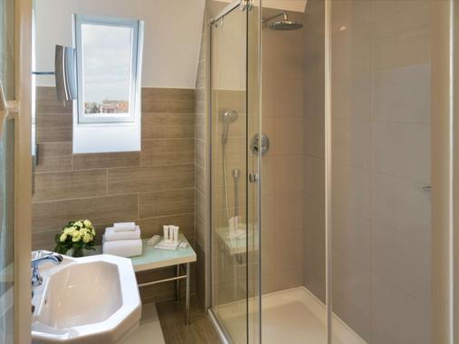 Hôtel Barrière Le Westminster - Le Touquet - Bathroom