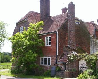 Old Copwood - Uckfield - Building