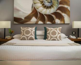 Alamanda Palm Cove By Lancemore - Palm Cove - Bedroom