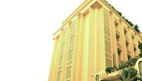Hotel Mogul Palace - Mumbai - Building