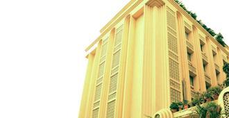 Hotel Mogul Palace - מומבאי - בניין