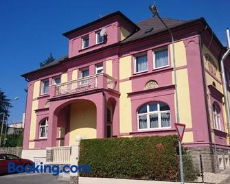 Pension Viola - Domažlice - Building