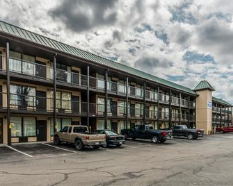 Smart Extended Stay - Beckley - Rakennus
