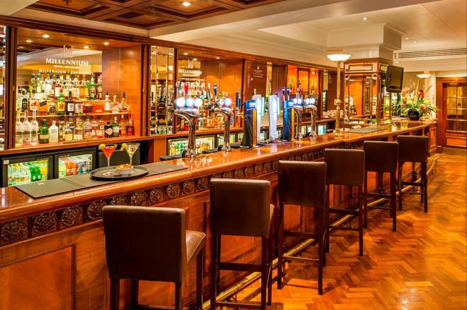 Copthorne Tara Hotel London Kensington - Lontoo - Baari