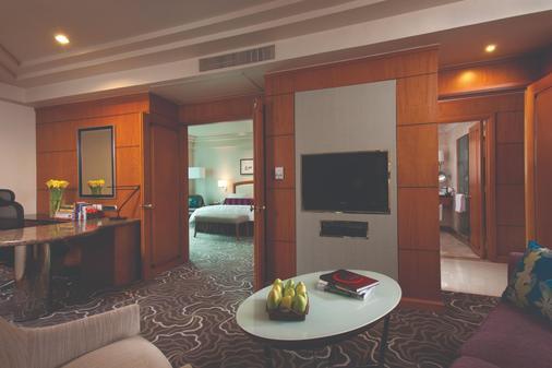 Pan Pacific Manila - Manila - Living room