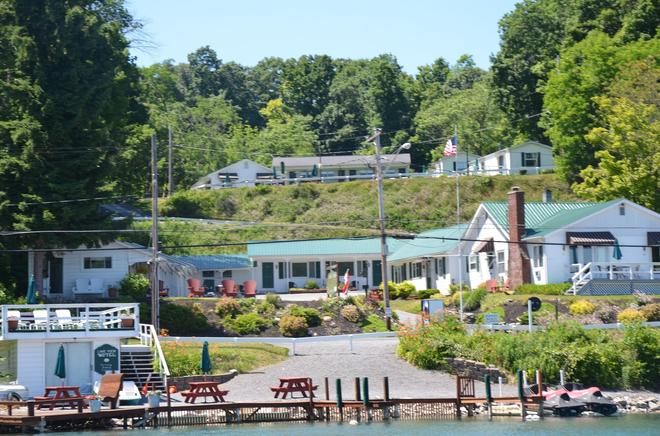 Lake View Motel - Cooperstown