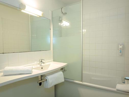 ibis budget Fréjus Saint-Raphaël Centre et Plage - Fréjus - Phòng tắm