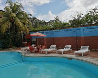 Poseidon Guest House - Iquitos - Pool