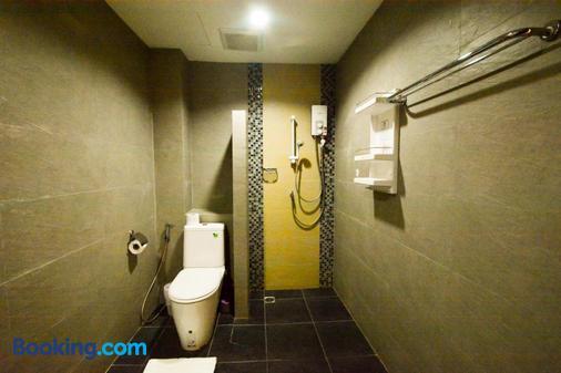 Gecko Hotel - Ko Samui - Bathroom