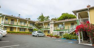 Carmel Inn And Suites - Carmel-by-the-Sea - Rakennus