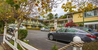Carmel Inn And Suites - Carmel-by-the-Sea - Edificio