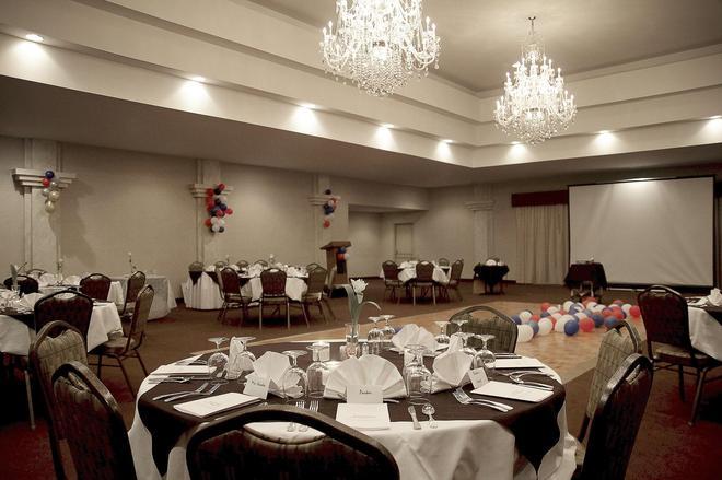 Wedgewood Resort - Fairbanks - Αίθουσα συνεδριάσεων