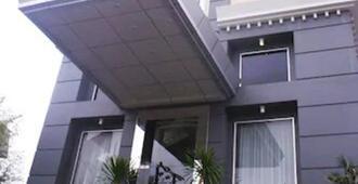 Hotel Pacific Balikpapan - באליקפאפן