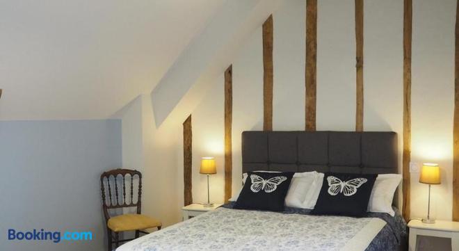 Les Grands Aulnais - Cossé-le-Vivien - Bedroom